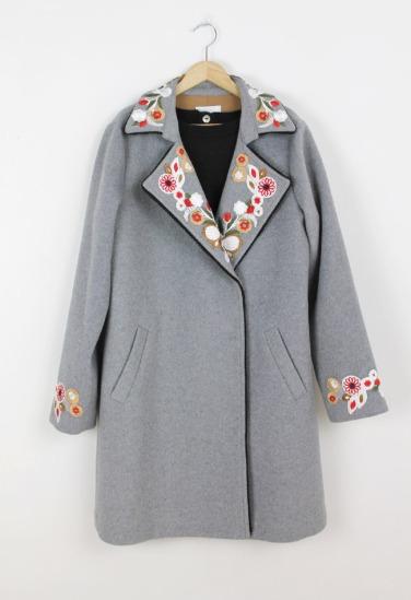 Abrigo-bordado